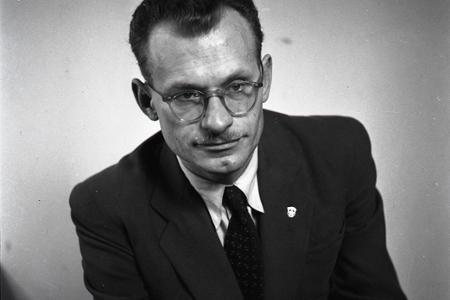 Básnik Andrej Plávka zvládol kariéru úradníka i spisovateľa
