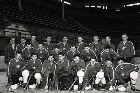 Rok 1959: Československí hokejisti začali s prípravou na majstrovstvá sveta