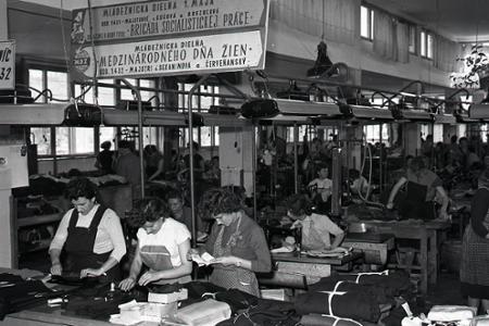 Trenčianska Ozeta bola najväčším exportérom odevov na Slovensku