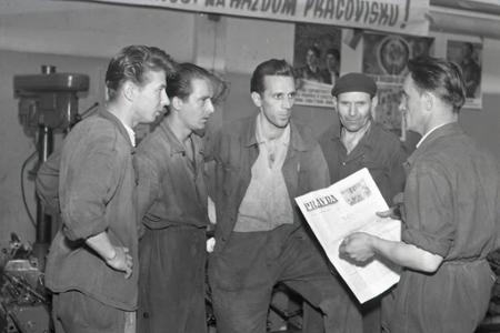 Rok 1955:Československý ľud podporuje Varšavskú zmluvu