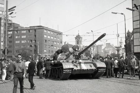 Rok 1968: Začala sa okupácia  Československa