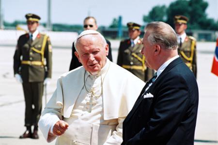 Významné medzinárodné stretnutia prezidenta SR Michala Kováča