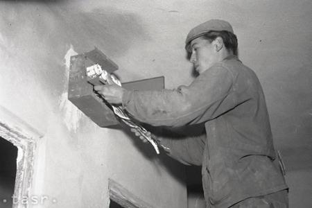 Rok 1960: Prvý panelový dom v Banskej Bystrici je pred dokončením