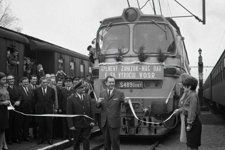 Rok 1967: Do Bratislavy prišiel prvý elektrický vlak z Prahy