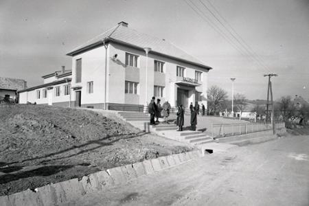 Rok 1967:V Hontianskych Tesároch majú nový kultúrny dom