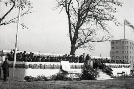 Rok 1946: Začiatok výstavby na bratislavskom Námestí slobody