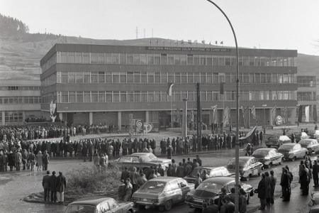 Rok 1975: V Čadci otvorili nový vlnársky kombinát Slovena