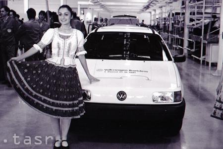 Rok 1991:V Bratislave zišiel z novej montážnej linky prvý Passat