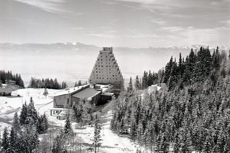 Zasnežené Tatry vítajú milovníkov zimnej rekreácie