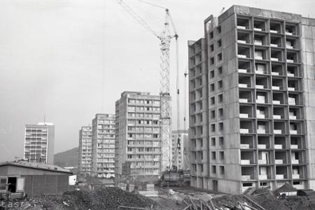 Rok 1974: Na západe Bratislavy vyrastá nové sídlisko Lamač-Podháj