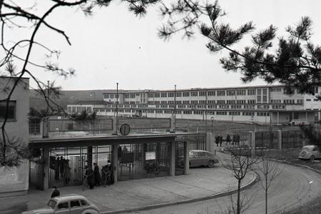 Rok 1958: V Bánovciach vyrastá prvá slovenská automobilka