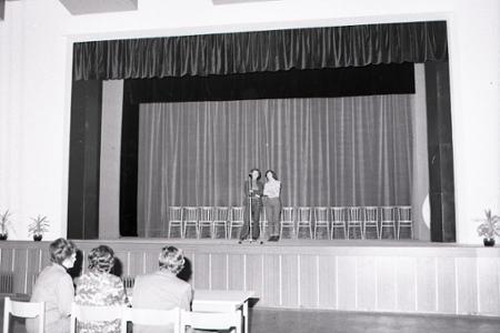 Rok 1980:Občania Trenčianskej Turnej si postavili kultúrny dom