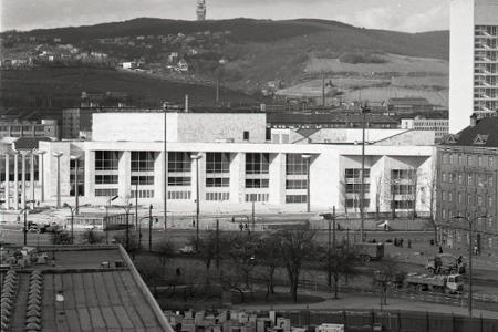 Rok 1981: V Bratislave otvorili Dom ROH