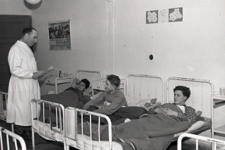 Rok 1953: Zvyšuje sa zdravotný dohľad nad mládežou