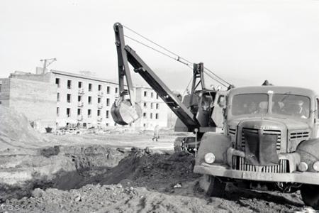 Rok 1958: Pod Nitrianskym hradom rastie nová obytná štvrť