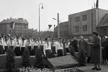 Rok 1960: V Bratislave pribúdajú nové pamätné tabule