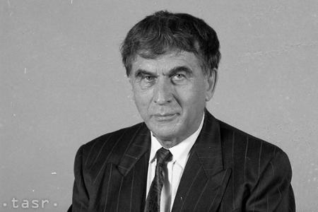 Bývalý minister kultúry Dušan Slobodník by mal 90 rokov
