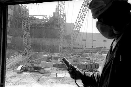Najväčšie nešťastie v dejinách jadrovej energetiky a prvý vesmírny turista