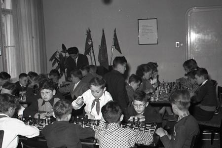 Rok 1956: Šachový turnaj o pionierskeho majstra
