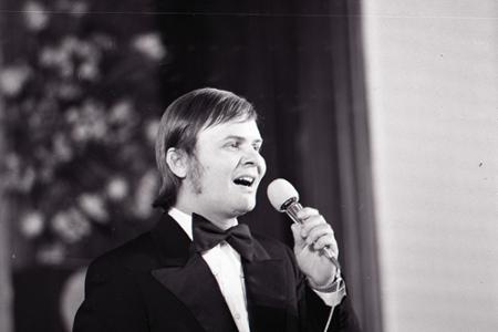 Spevák Dušan Grúň dnes oslavuje 75. narodeniny