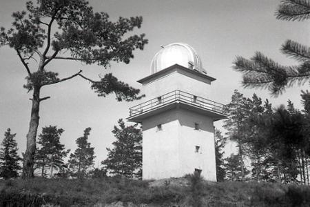Rok 1961: Pri Banskej Bystrici zriadili ľudovú hvezdáreň