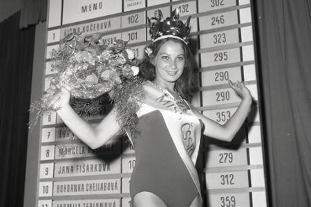 """Rok 1968: Československo má novú """"Miss"""""""