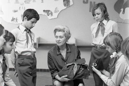 Rok 1976: Izby revolučných tradícií pomáhajú pri vyučovaní