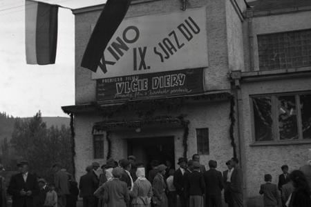 Rok 1949: Na kopaniciach vo Vrbovciach budú mať kino