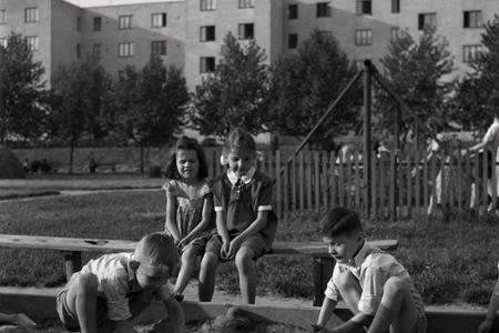 Rok 1953: V Bratislave pribúdajú detské ihriská