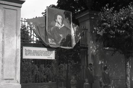 Rok 1949: V Bratislave otvorili Puškinov sad