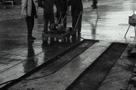 Rok 1967: V košických uliciach sa objavil biely asfalt