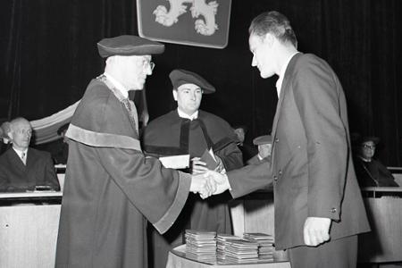 Rok 1963: Prvé promócie na Vysokej škole dopravnej v Žiline