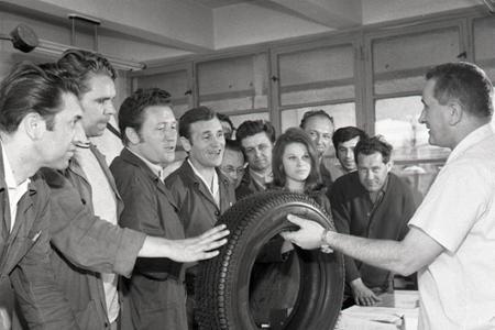 Rok 1971: V Púchove vyrobili nový typ pneumatík