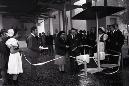 Rok 1972: Na Železnej studničke v Bratislave premáva lanovka