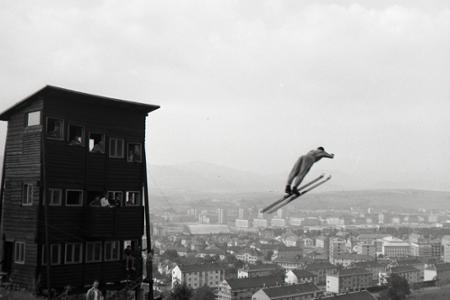 Rok 1966: Unikátne skokanské mostíky v Banskej Bystrici