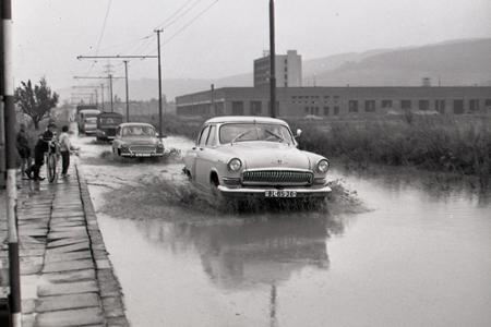 Rok 1968: Prietrž mračien nad bratislavskou Račou