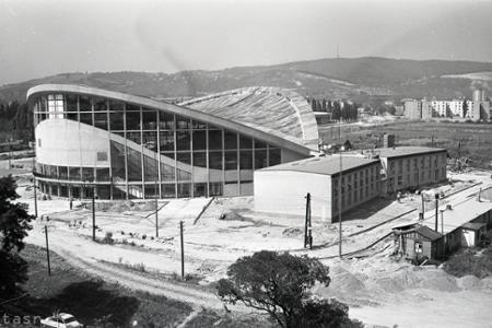 Rok 1962: Už onedlho otvoria športovú halu na  Pasienkoch