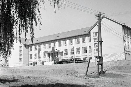 Rok 1959: Aj školáci z Východnej sa budú učiť v novej škole