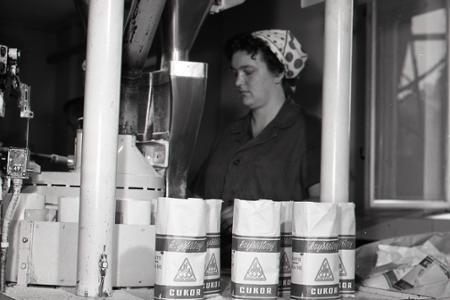 Rok 1966: Prvý kryštálový cukor z cukrovaru Šurany