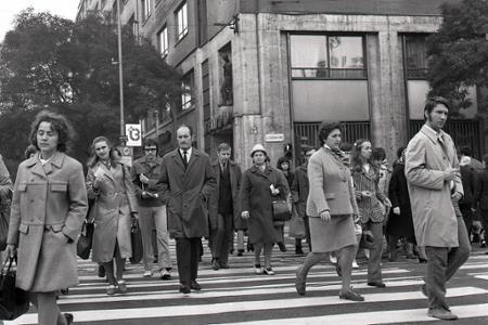 Rok 1972: V Bratislave počítajú chodcov, chcú nové podchody