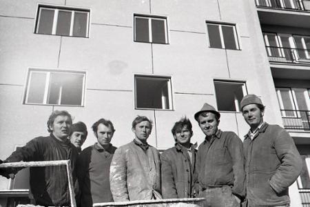 Rok 1971: Celonárodné pracovné zmeny šetria milióny