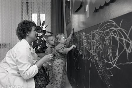 Rok 1983: Prvé interaktívne tabule pre deti