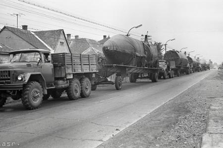 Rok 1971: Vesmírna raketa na ceste po Slovensku