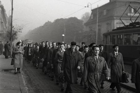 Rok 1953: Nástup povolancov na vojenčinu