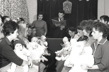 Rok 1964: V Brvništi uvítali do života malých spoluobčanov