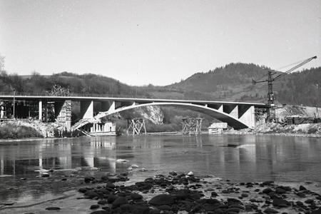 Rok 1956: Najdlhší most na Orave je v prevádzke