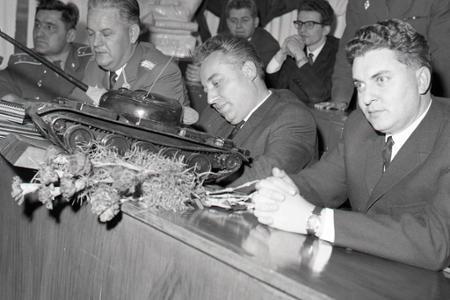 Rok 1965: Udeľujú sa vyznamenania za pomoc pri povodniach