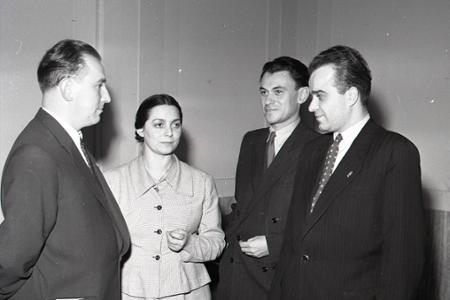 Rok 1952: V Bratislave sa odovzdávajú literárne ceny