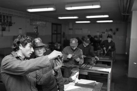 Rok 1985: Príprava na robotnícke povolania
