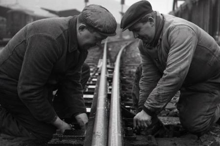 Rok 1965: Výhybky na hlavnej stanici v Bratislave už viac nezamrznú